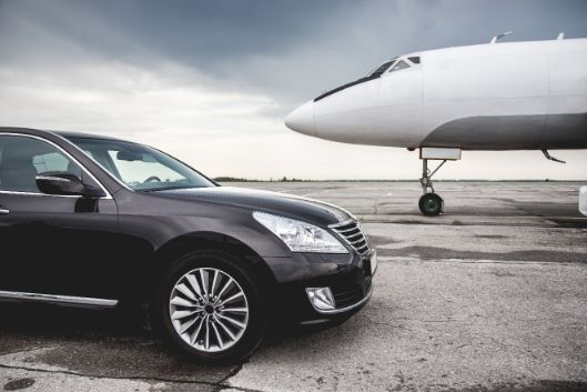 Limo Hire Melbourne City airport transfer